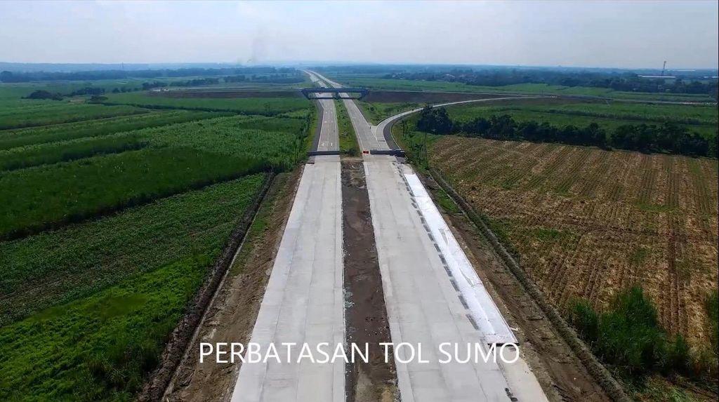 Rapat di Kantor Jokowi, Pakde Karwo Paparkan Progres 3 Tol di Jatim