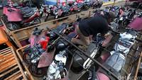 Program Mudik Balik Bareng Honda diikuti sekitar 2.000 pemudik. Hari ini Sepeda motor pemudik terlebih dahulu yang dimudikkan.