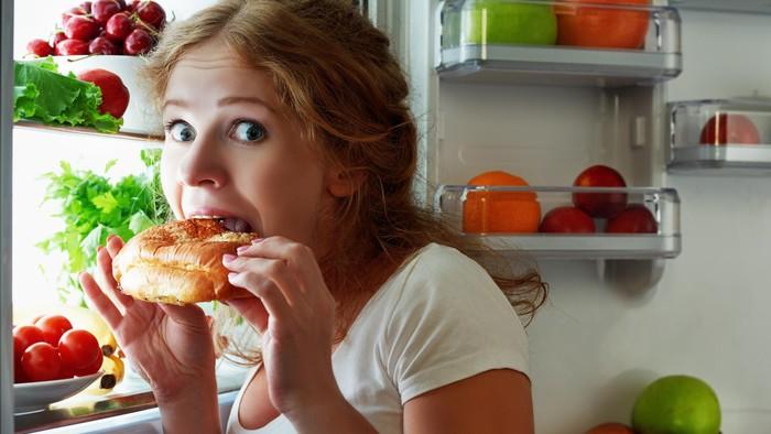 Tanda aneh yang bisa tunjukkan kalau kamu sebenarnya lagi dehidrasi. Foto: Thinkstock