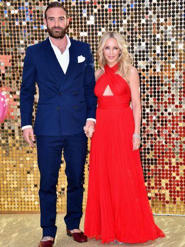 Usia 49 Tahun, Kylie Minogue Memutuskan Tak Akan Menikah