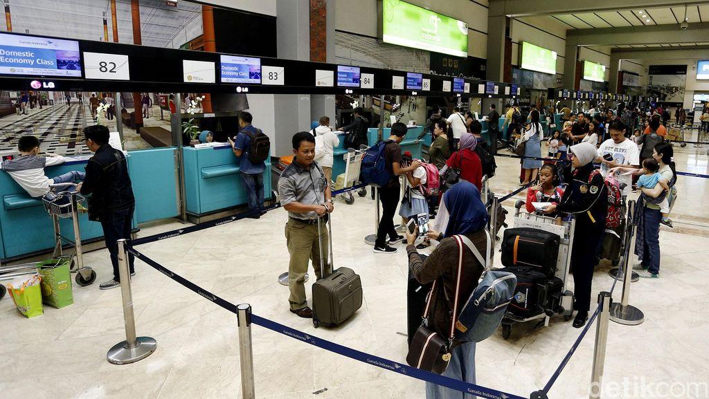 Terlanjur Nyaman, Orang Tetap Naik Pesawat untuk Mudik Meski Mahal