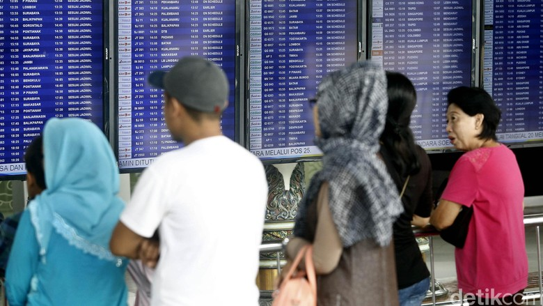 Sistem IT Sempat Down, Ada Antrean Panjang Check In di Terminal 3 Soetta