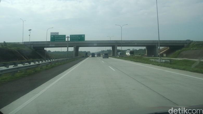 Tol Cikopo-Palimanan Masih Ramai Lancar Sampai KM 128