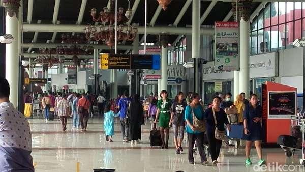 Terminal 1 Bandara Soekarno-Hatta Mulai Dipadati Pemudik