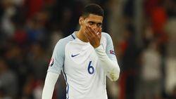 Dapat Ilmu di Italia, Smalling Berharap Dibawa Inggris ke Piala Eropa 2020