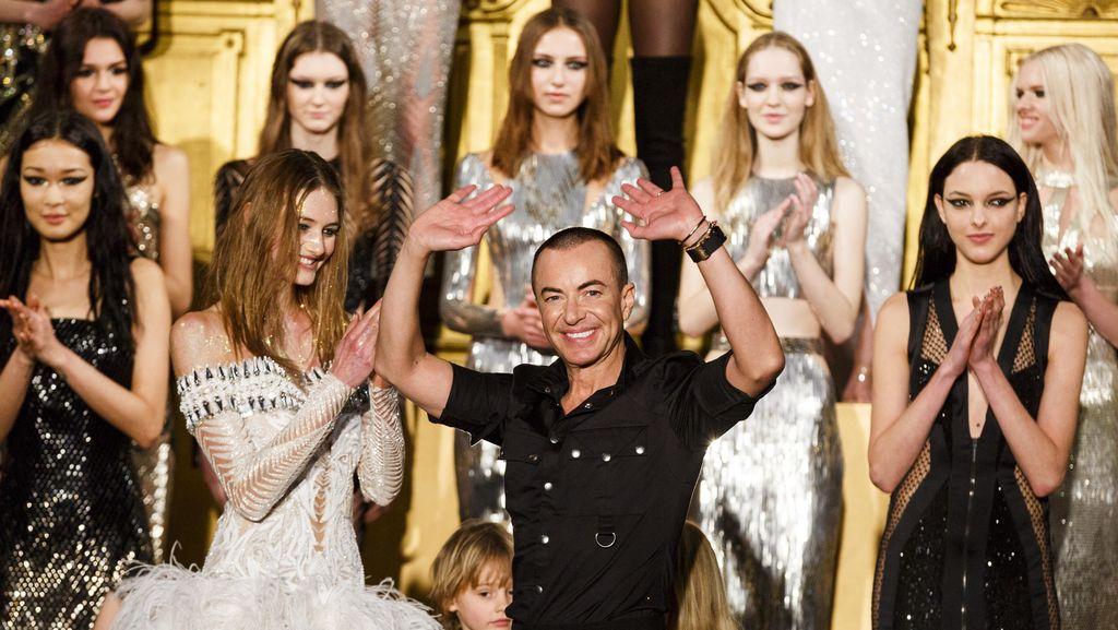Cerita Desainer yang Membuat Kostum Beyonce Bertabur 70.000 Butir Swarovski
