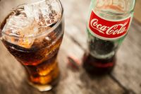 Minuman bersoda yang bisa picu kenaikan berat badan.
