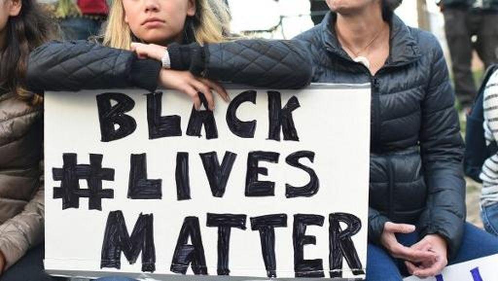 Di Balik Reaksi Global Tragedi Minneapolis