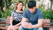 Video Viral Kekesalan Wanita yang Pesannya Tak Dibalas Pacar