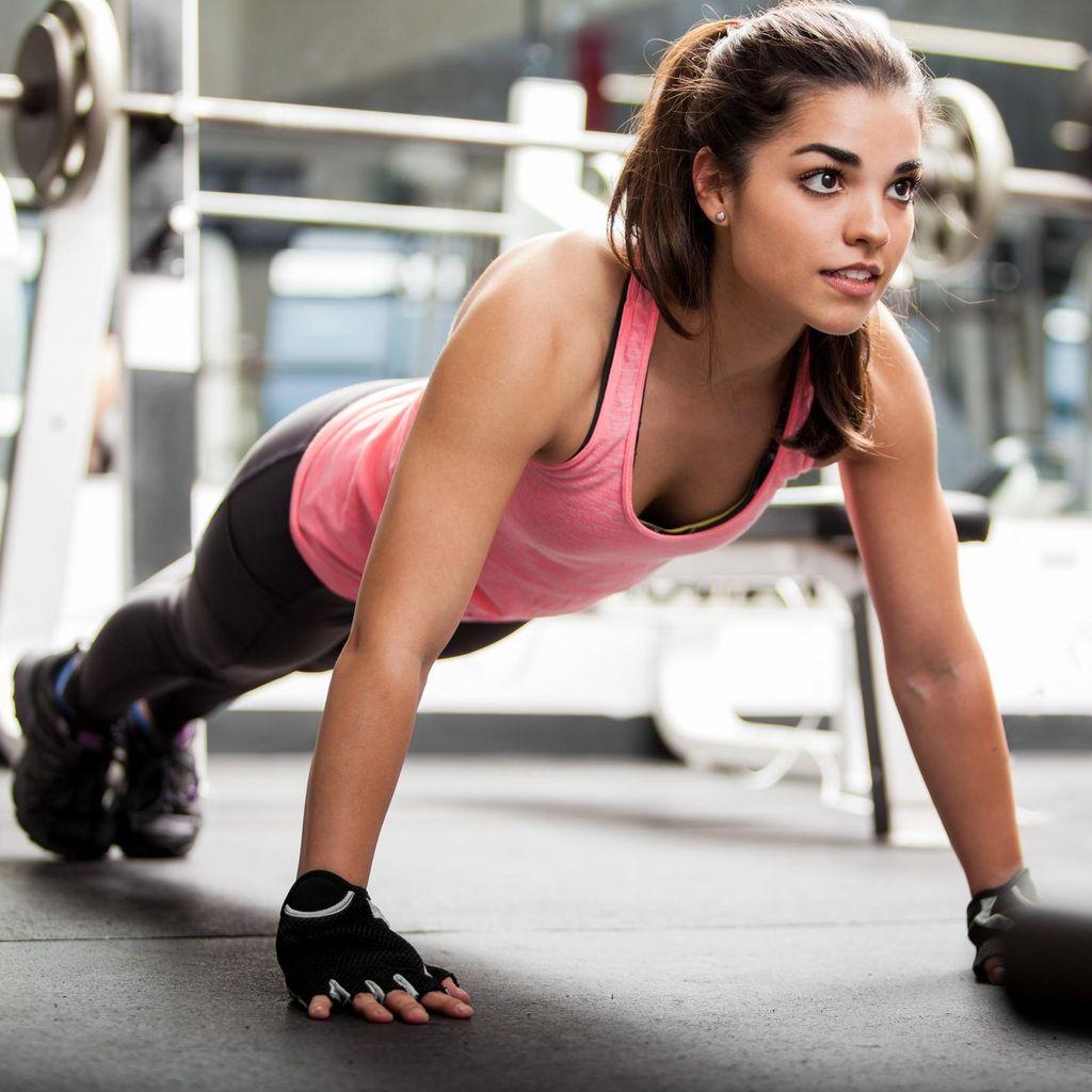 Tips Ade Rai untuk Kencangkan Otot dalam 6 Menit
