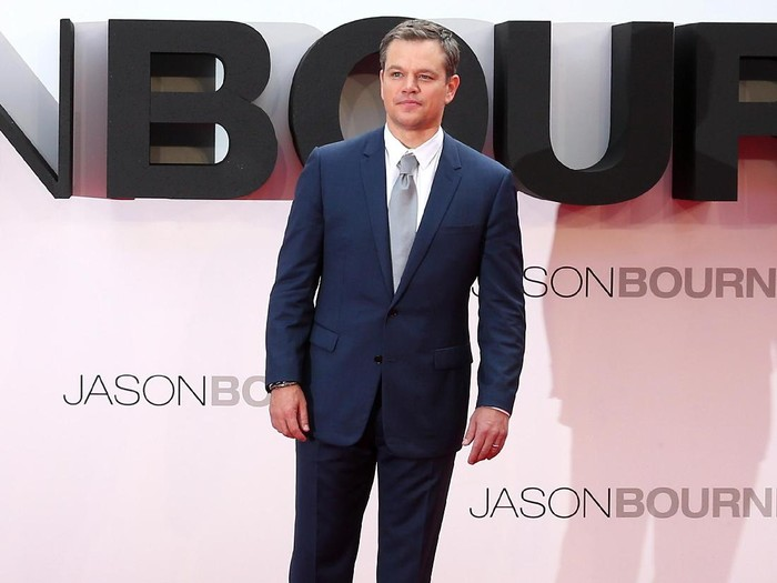 LONDON, ENGLAND - JULY 11:  Matt Damon and Alicia Vikander attend the Jason Bourne European premiere at the Odeon Leicester Square on July 11, 2016 in London, England.  (Photo by Chris Jackson/Getty Images)
