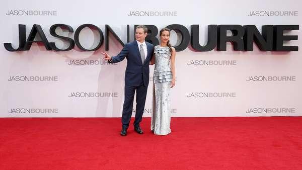 Keserasian Alicia Vikander dan Matt Damon di Pemutaran Jason Bourne