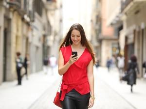 Bikin Kesal, 5 Zodiak Paling Jarang Balas Whatsapp