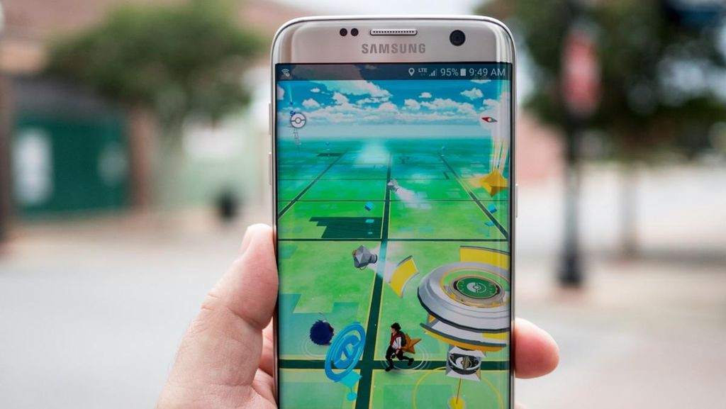 Galaxy Note Gamer Pokemon Dijambret di Warung Buncit