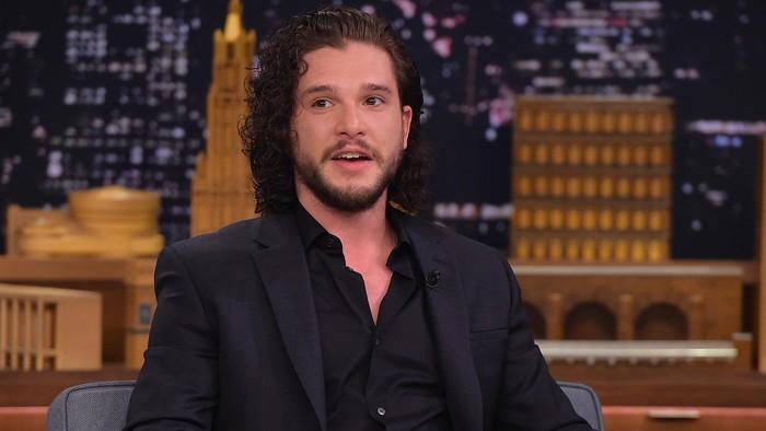 Kit mengaku testisnya sempat tersangkut saat syuting naik naga di Game of Thrones musim ke-8. (Foto: Getty Images)