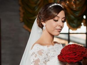 5 Tips Memilih Makeup Artist untuk Pernikahan