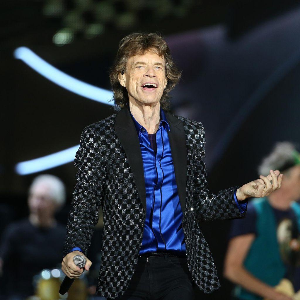 Mick Jagger Sembuh, The Rolling Stones Siap Tur Lagi