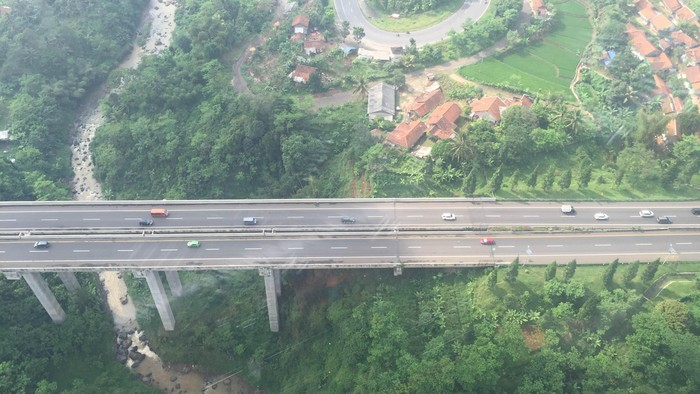 Pantauan lalin Tol Cipularang, Sabtu (16/7/2016)