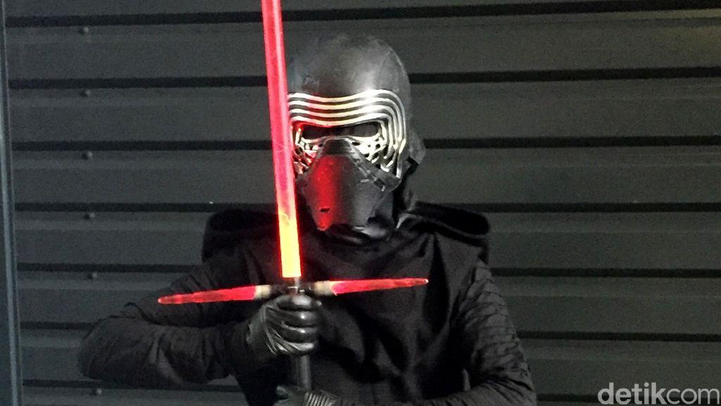 Ketika Darth Vader Kalah Populer dari Kylo Ren di Star Wars Celebration 2016