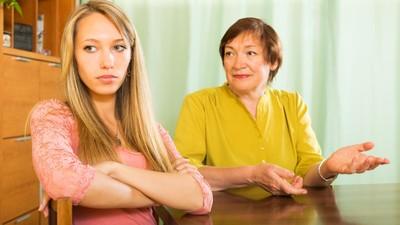 Ketika Ibu Mertua dan Menantu Perempuan Bersaing