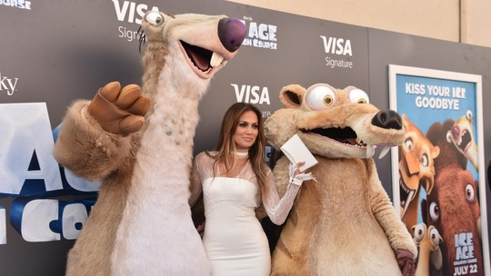 White Hot! Jennifer Lopez di Pemutaran Ice Age: Collision Course