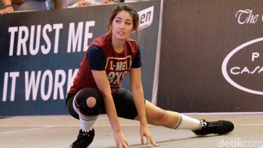 Sebelum Main Basket, Maria Selena: Pemanasan Dulu...