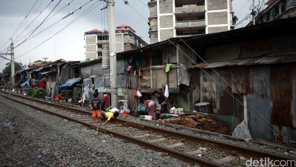 Pemerintah Yakin Angka Kemiskinan RI Terus Lanjutkan Rekor