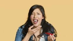 Banyak hal yang terjadi pada tubuh ketika mengonsumsi makanan pedas seperti sambal. Beberapa di antaranya bermanfaat untuk tubuh.