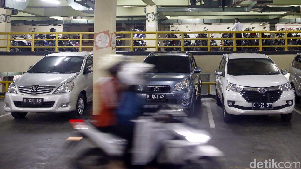 Hindari Pencurian di Parkiran Mal, Jangan Lupa Foto Mobil