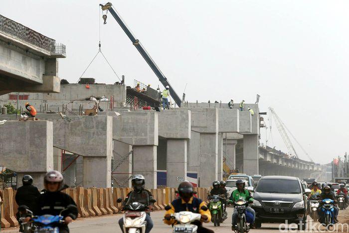 Foto: Ilustrasi proyek jalan tol (Agung Pambudhy/Detik)