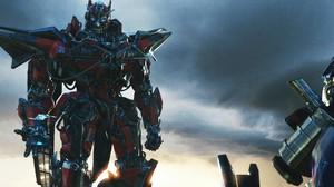 Perang Antar Robot Berlanjut di Bioskop Trans TV Malam Ini