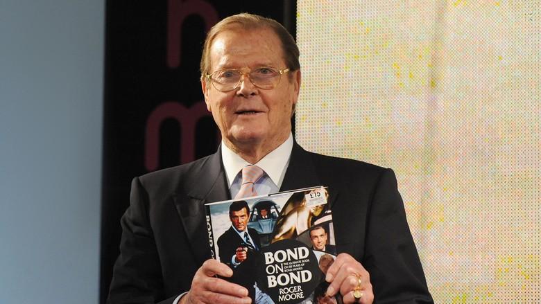 Roger Moore Berpulang, Chika Jessica Sindir DA Terkait Kelapa Gading