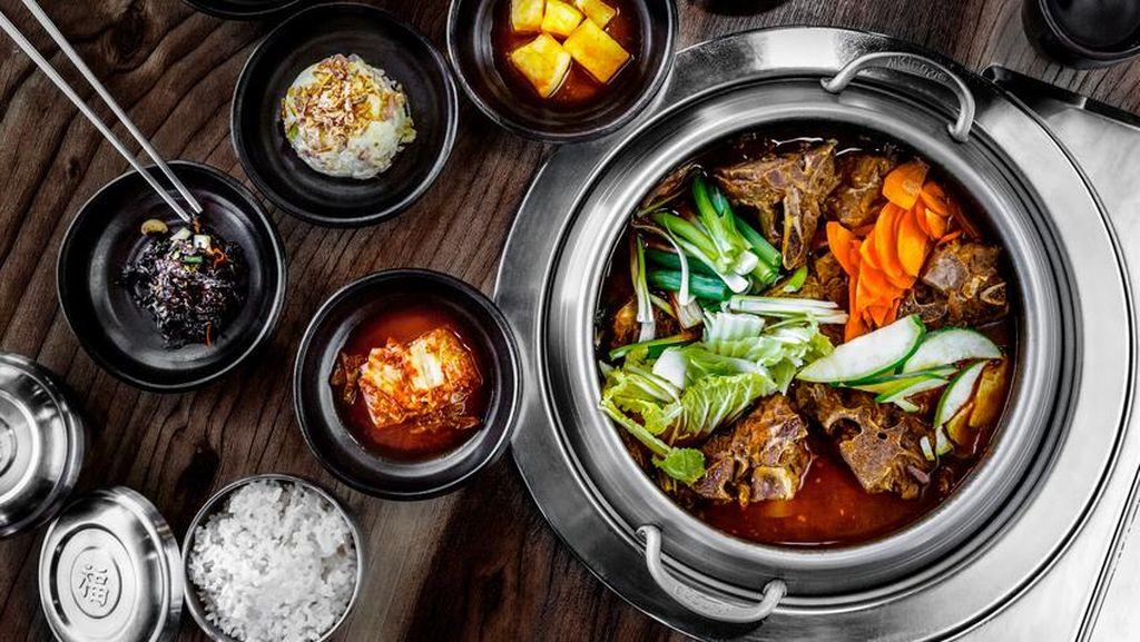 Habis Gajian, Makan Enak di 5 Restoran Korea di Depok Yuk!