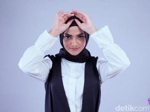 Tutorial Jilbab Turki dari Model Cantik Berdarah Arab ...