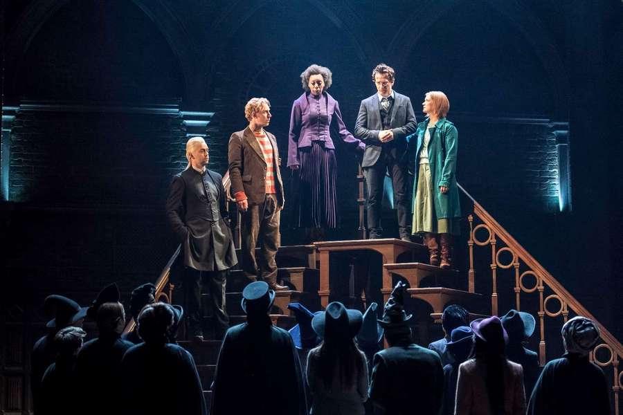 Potterhead, Begini Cuplikan Teater Harry Potter and The Cursed Child!