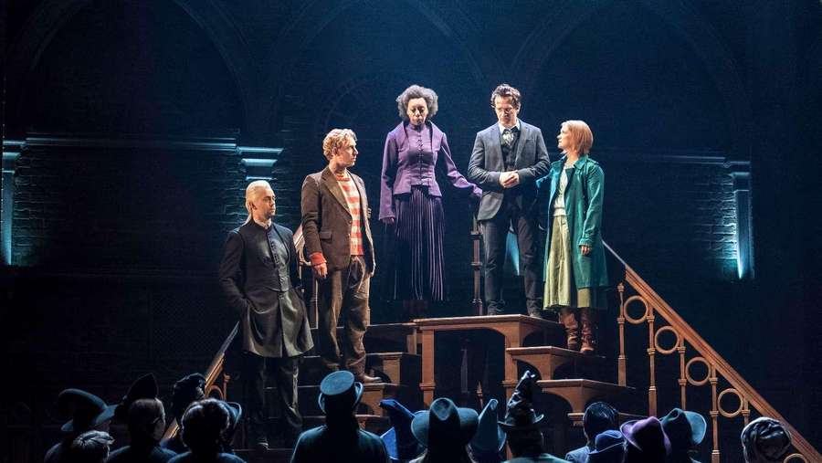 Potterhead, Begini Cuplikan Teater Harry Potter and The Cursed Child!
