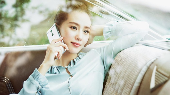 Pengguna ponsel Xiaomi. Foto: Xiaomi