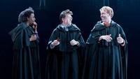 Potterhead pastinya sangat penasaran dengan teater Harry Potter and The Cursed Child ini. (dok. Manuel Harlan)