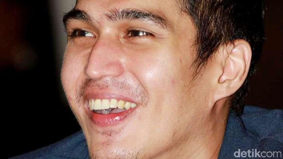 Marcel Chandrawinata Happy Banget