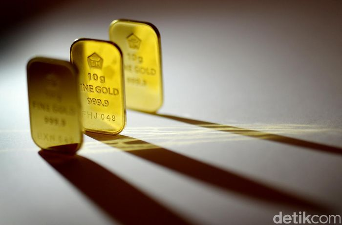 Harga Emas Antam Turun Rp 3000gram