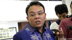 PAN Minta Laskar FPI Tak Berlebihan Jaga Rumah Habib Rizieq
