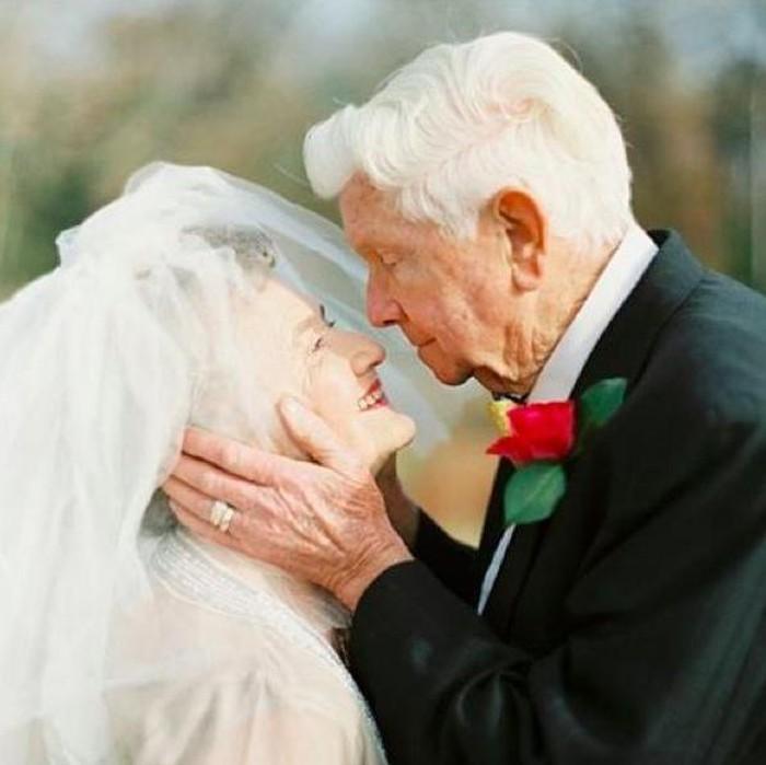 Surat Cinta Romantis Dari Suami Yang Sudah Menikah 63 Tahun