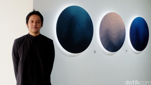Arkiv Vilmansa di pameran tunggal sebelumnya tahun 2016 di RUCI Art Gallery