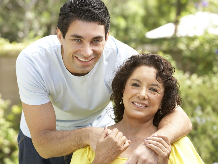 Orang terdekat dan keluarga harus membantu korban trauma pasca insiden BEI/Foto: Thinkstock
