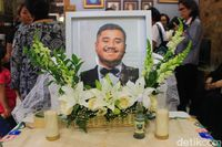 Artis muda meninggal karena serangan jantung