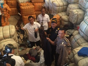2 Ribu Koli Tekstil Bekas di Cakung Diimpor dari Jepang dan Korsel