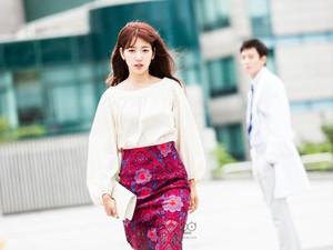 Korean Style: Gaya Feminin Park Shin Hye dalam Serial Drama Doctors