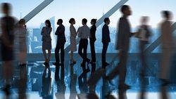 Meeting Sambil Jalan Bisa Jadi Cara Agar Pegawai Kantoran Lebih Aktif Bergerak