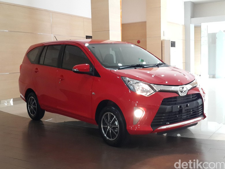 Mobil LCGC Toyota Calya. Foto: Istimewa