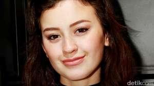Adik Kimberly Ryder Ini Tak Kalah Cantik dari Sang Kakak